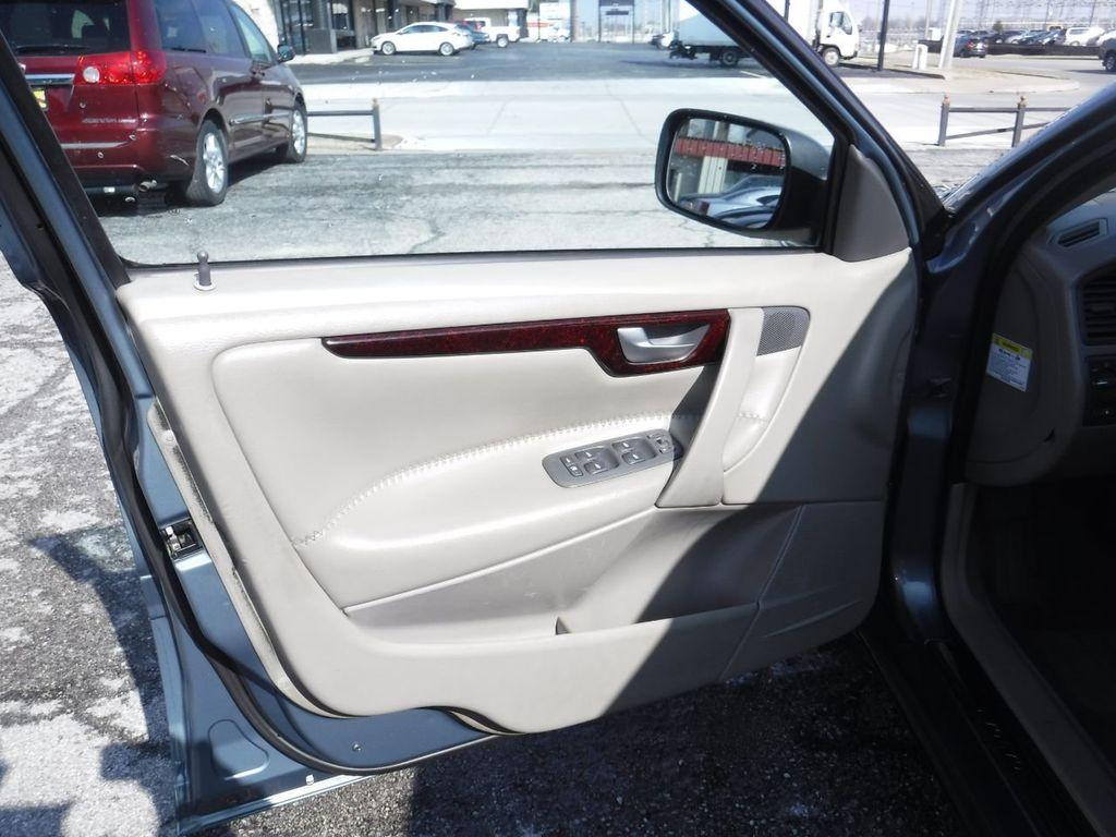 2003 Volvo V70 5dr Wagon 2.5L Turbo AWD XC70 - 18633127 - 19