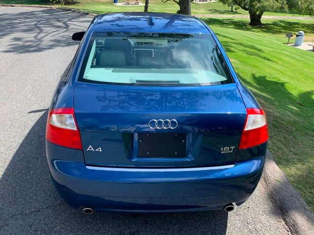 2004 Audi A4 1.8T quattro - Click to see full-size photo viewer