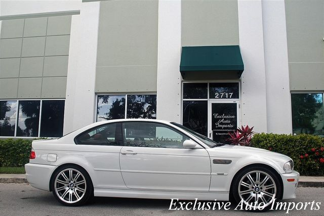 2004 BMW 3 Series 2004 BMW M3 Coupe Alpine White on Imola Red 6-Speed Gorgeous - Click to see full-size photo viewer