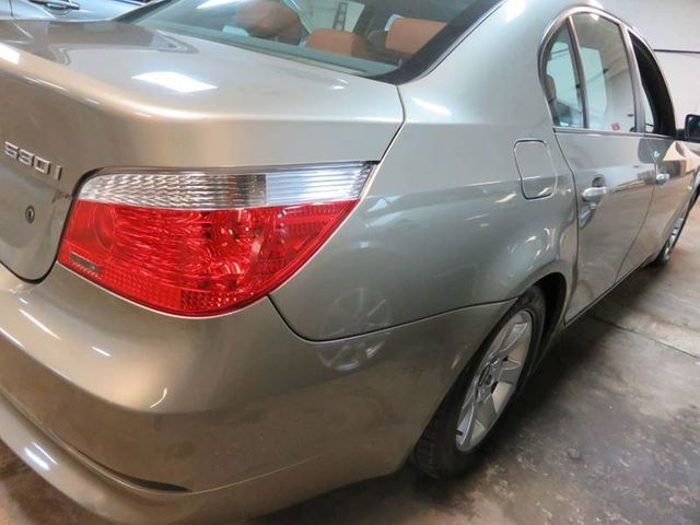 2004 bmw 530i sport package tire size