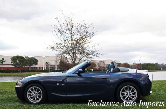 2004 BMW Z4 2004 BMW Z4 E85 2.5L ROADSTER 5-SPEED ULTRA RARE INTERIOR - Click to see full-size photo viewer