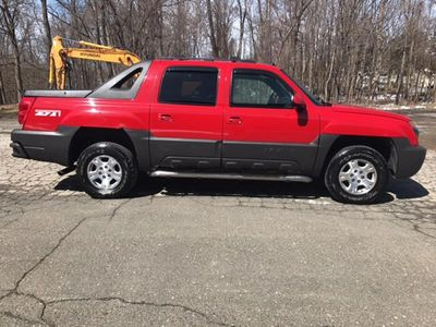 2004 Chevrolet Avalanche 1500 4dr 4WD Crew Cab SB - Click to see full-size photo viewer
