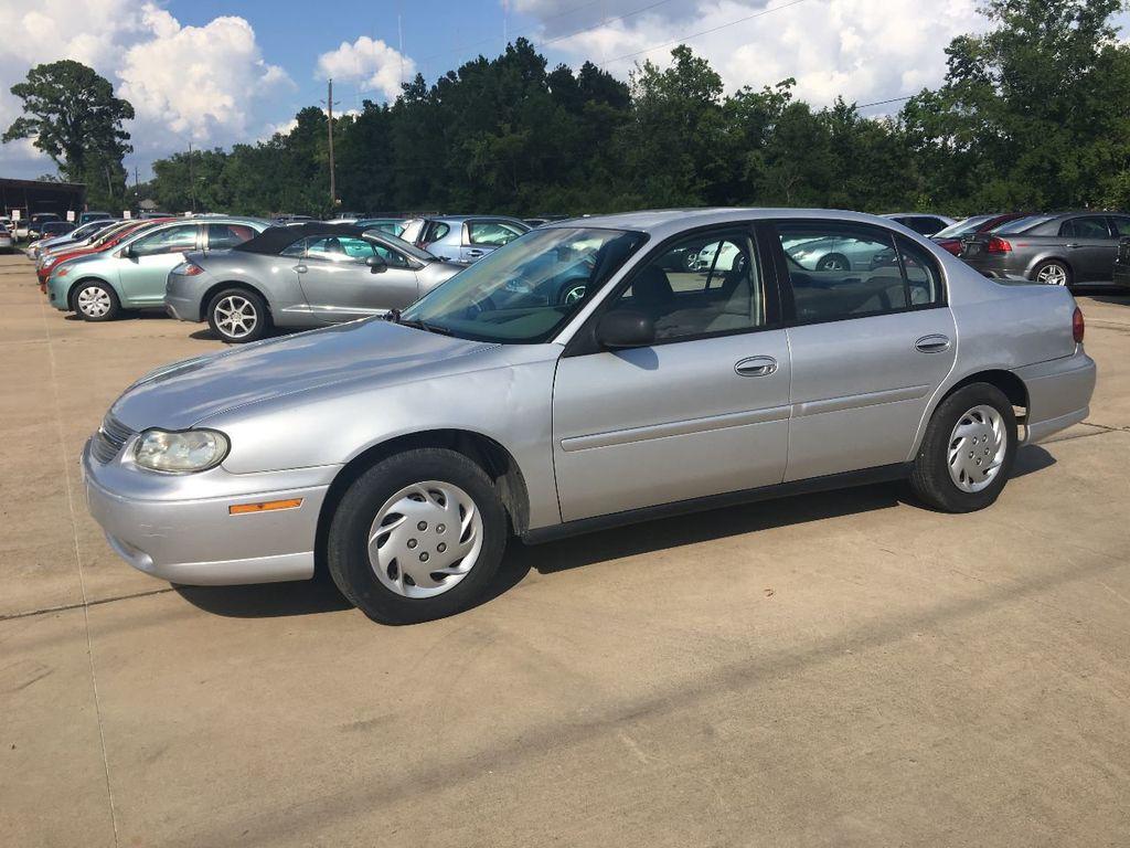 2004 Chevrolet Classic Base Trim   17718823   1