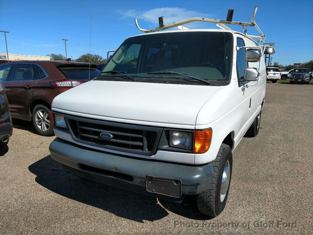 Dealer Video - 2004 Ford Econoline Cargo Van  - 17462102