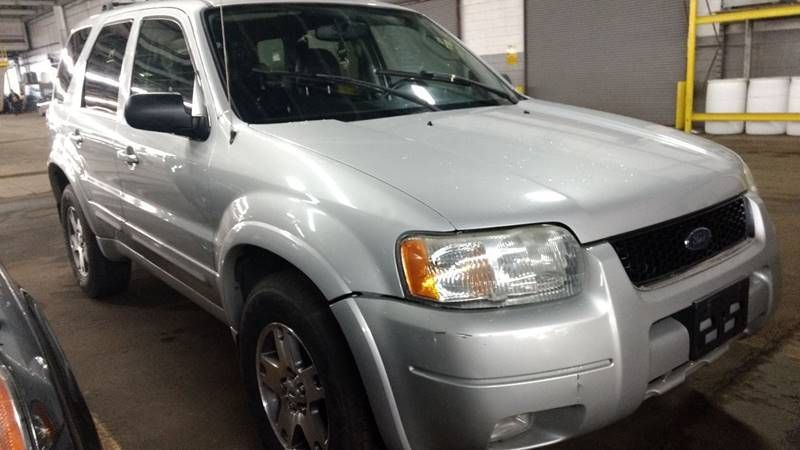 2004 used ford escape 4x4 / *limited* / auto at contact us serving