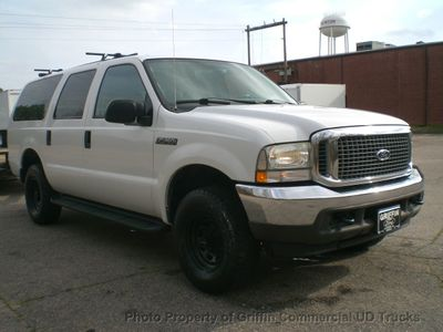 2004 Ford Excursion SPECIAL SERVICE - Click to see full-size photo viewer