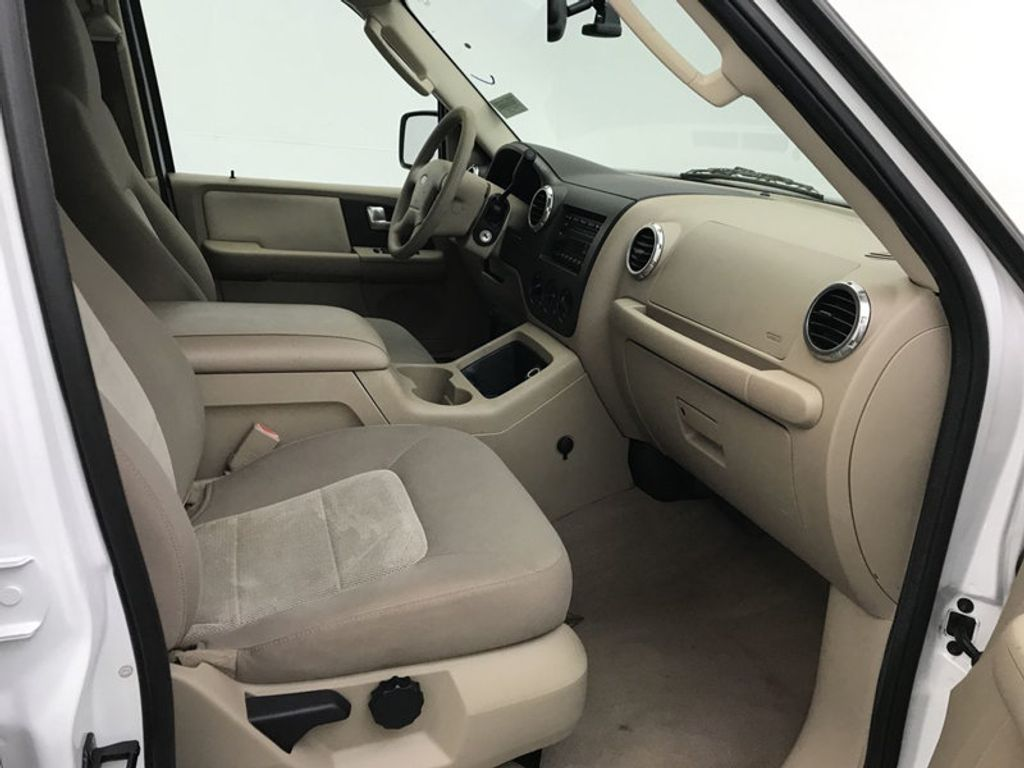 2004 Ford Expedition 4.6L XLT - 17905418 - 30