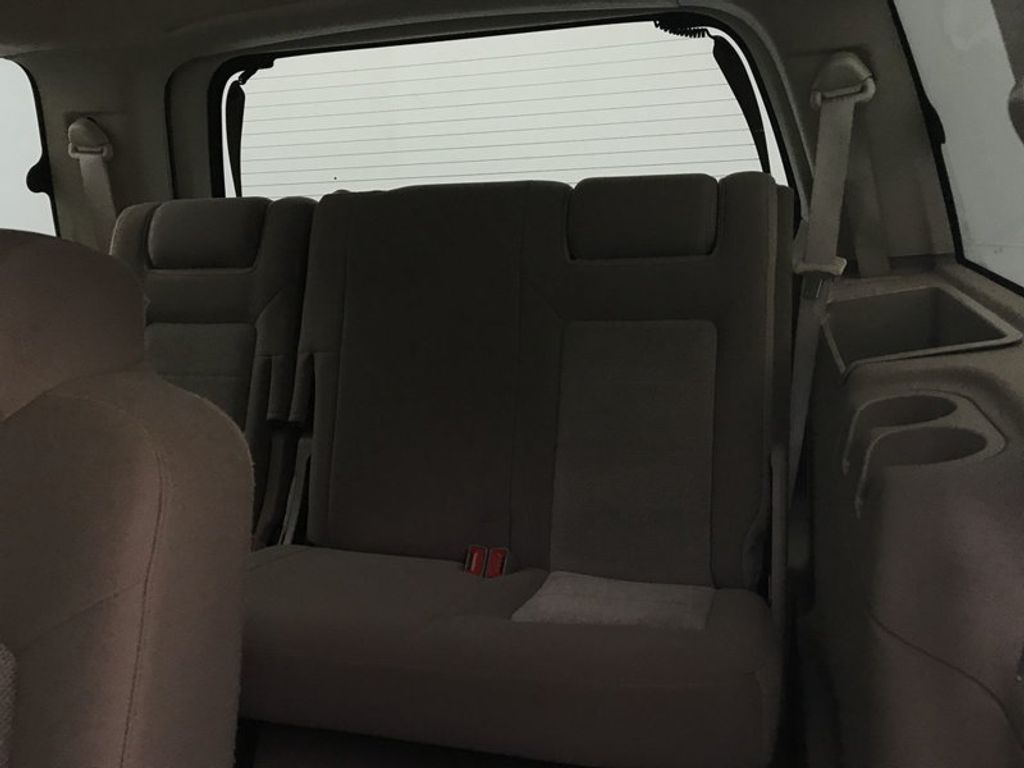 2004 Ford Expedition 4.6L XLT - 17905418 - 37