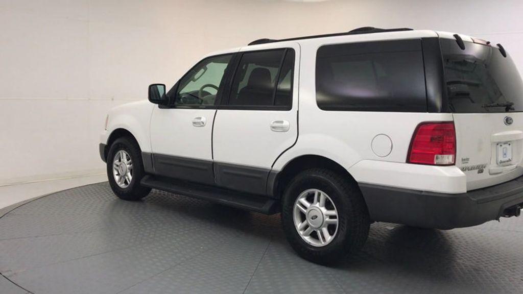 2004 Ford Expedition 4.6L XLT - 17905418 - 5