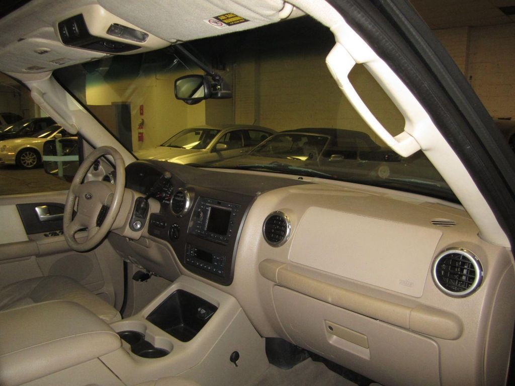 2004 used ford expedition eddie bauer 4x4 5 4l v8 at contact us serving cherry hill nj iid for 2004 ford expedition interior parts
