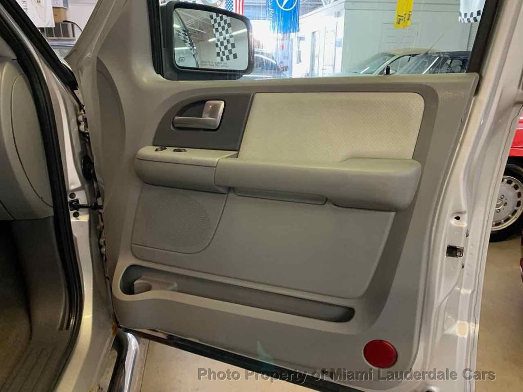 Swell 2004 Used Ford Expedition Xlt 4X4 5 4L Triton At Miami Lauderdale Cars Serving Pompano Beach Fl Iid 19298478 Pabps2019 Chair Design Images Pabps2019Com