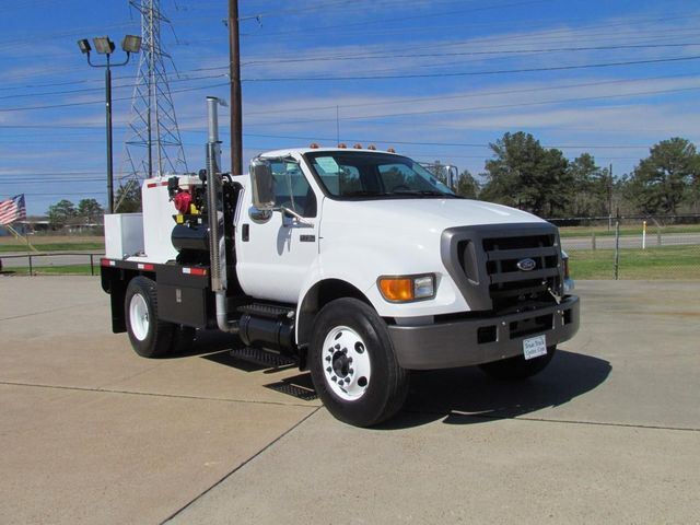 2004 Ford F750 Fuel - Lube Truck - 9755055 - 2