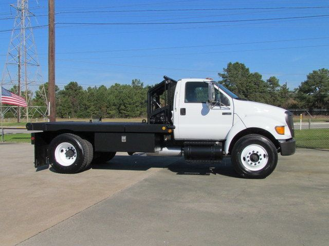 2004 Ford F750 Winch - Roustabout Truck - 13893220 - 1