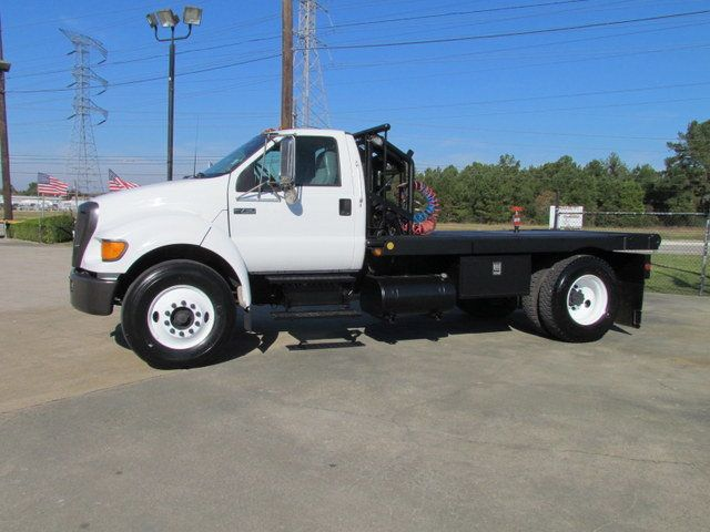 2004 Ford F750 Winch - Roustabout Truck - 13893220 - 6