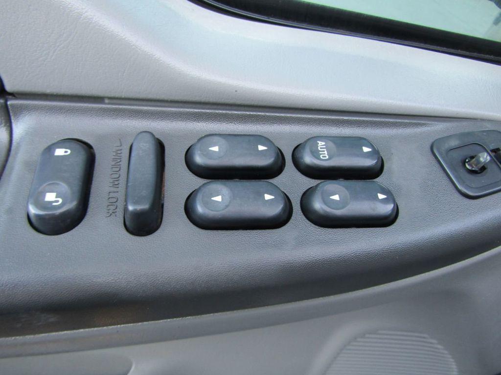 """2004 Ford Super Duty F-250 Crew Cab 156"""" XLT 4WD - 18343180 - 16"""