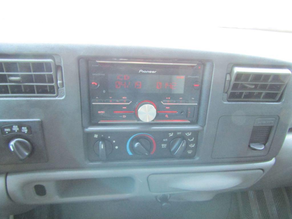 """2004 Ford Super Duty F-250 Crew Cab 156"""" XLT 4WD - 18343180 - 17"""