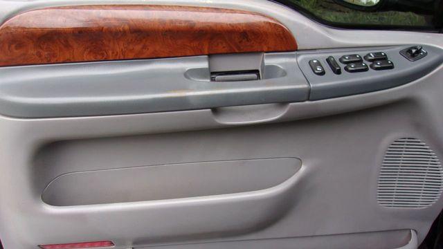 2004 Ford Super Duty F-350 DRW