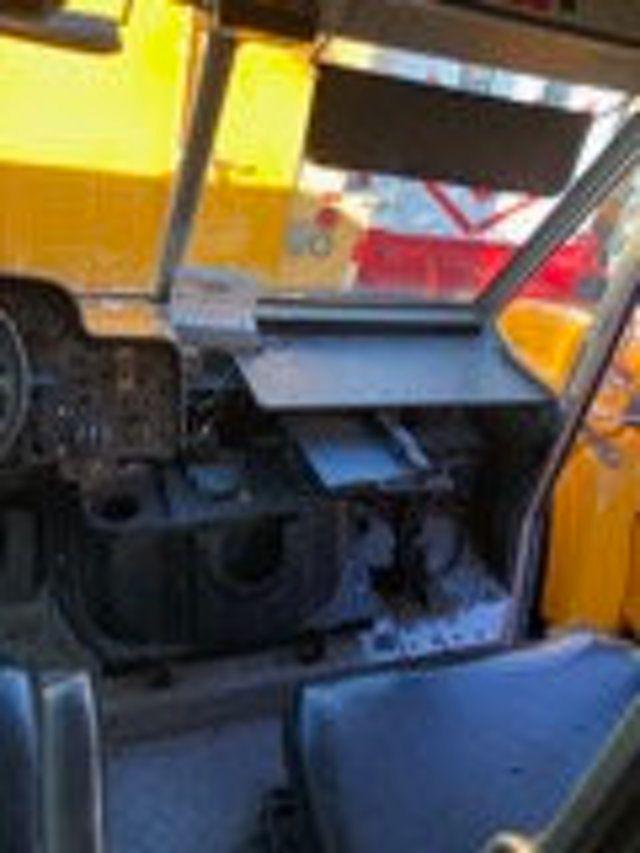 2004 Freightliner MT 55 ENCLOSED SERVICE STEP VAN WITH UNDER DECK COMPRESSOR - 18326698 - 15