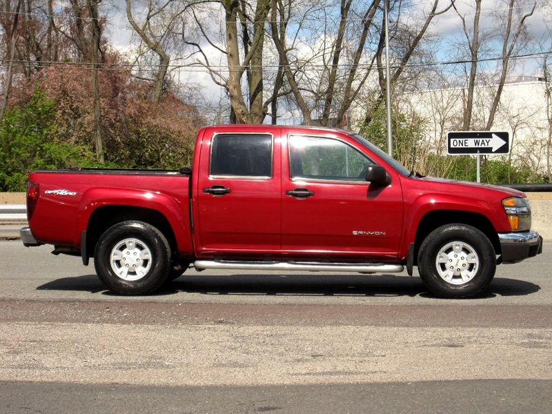 2004 Used Gmc Canyon Crew Cab 4x4 Off Road At Gt Motors Pa
