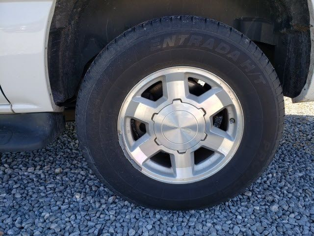 2004 GMC Yukon XL 1500 - 18247241 - 3