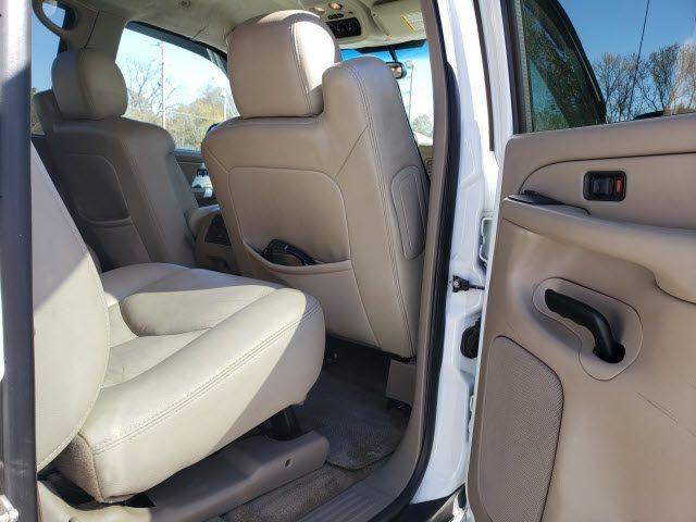 2004 GMC Yukon XL 4dr 1500 SLT - 18247241 - 22