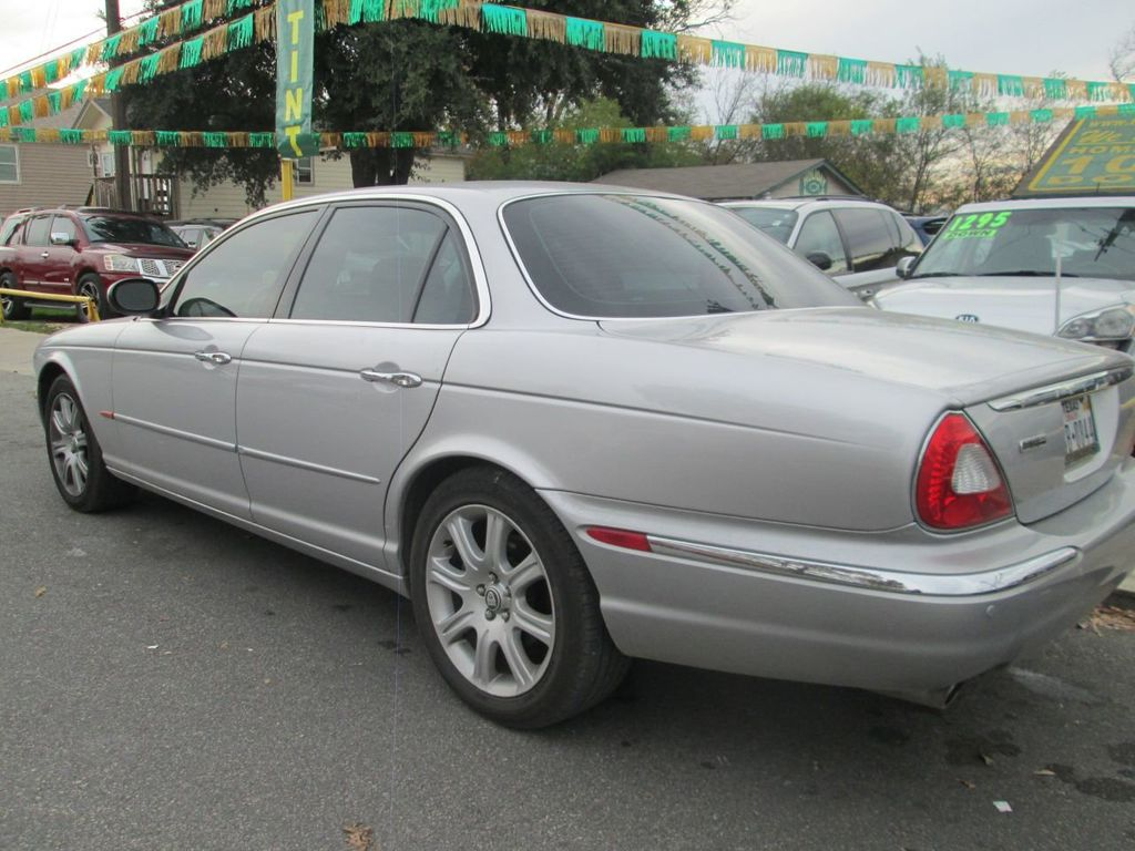 2004 Jaguar XJ 4dr Sedan XJ8 - 14526687 - 1