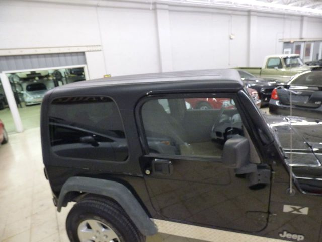 2004 Jeep Wrangler 2dr Sport - Click to see full-size photo viewer