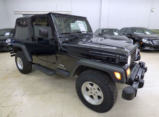 2004 Jeep Wrangler Sport - Click to see full-size photo viewer