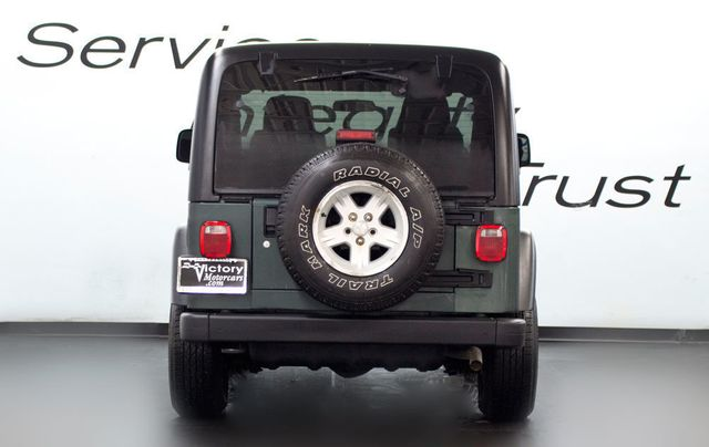 2004 Jeep Wrangler SPORT 4X4 - Click to see full-size photo viewer