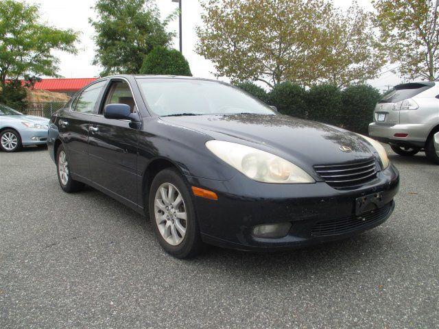 2004 Lexus ES 330 4dr Sedan - 16933653 - 0