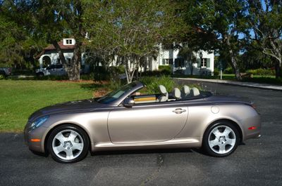 2004 Lexus SC 430 2dr Convertible W/Navigation - Click to see full-size photo viewer