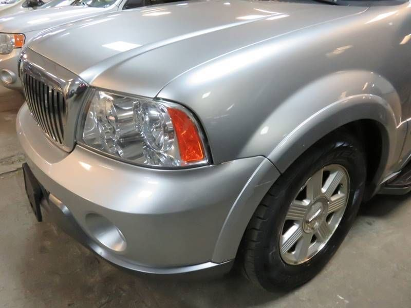 2004 used lincoln navigator 4x4 luxury at contact us serving 2004 lincoln navigator 4x4 luxury 17503077 30 sciox Gallery
