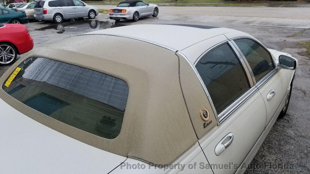 2004 Lincoln Town Car 4dr Sedan Ultimate - 19526948 - 4