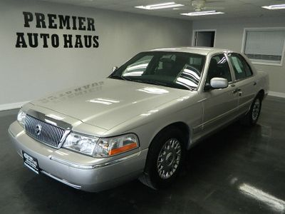 2004 Mercury Grand Marquis 2004 MERCURY GRAND MARQUIS GS Sedan
