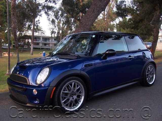 2004 Mini Cooper S Hardtop 2 Door Base Trim Click To See Full Size