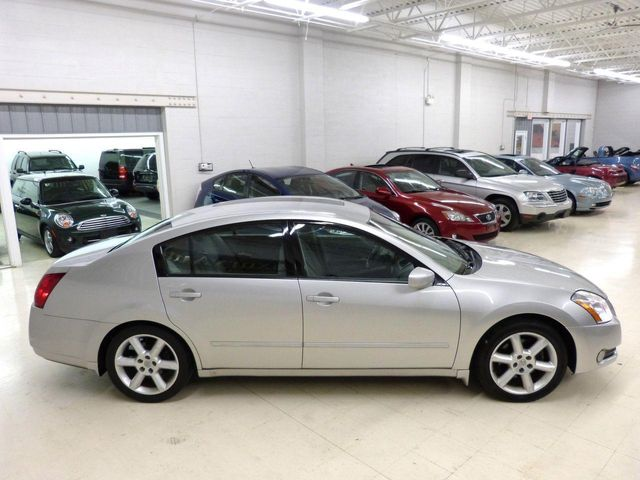 2004 Nissan Maxima SE   Click To See Full Size Photo Viewer