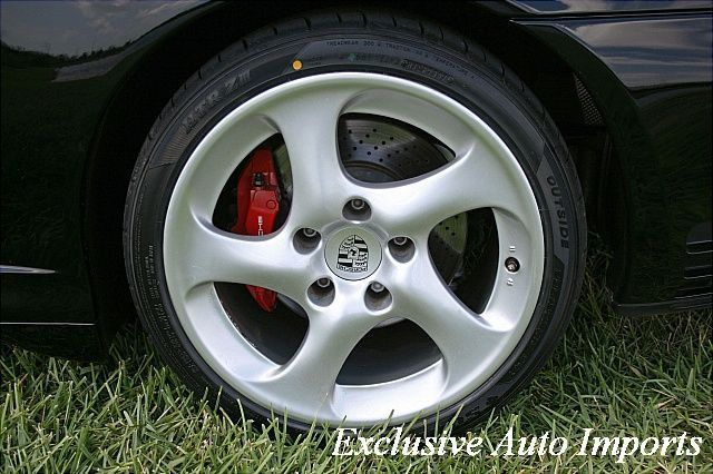 2004 Porsche 911 Carrera 4S - Click to see full-size photo viewer