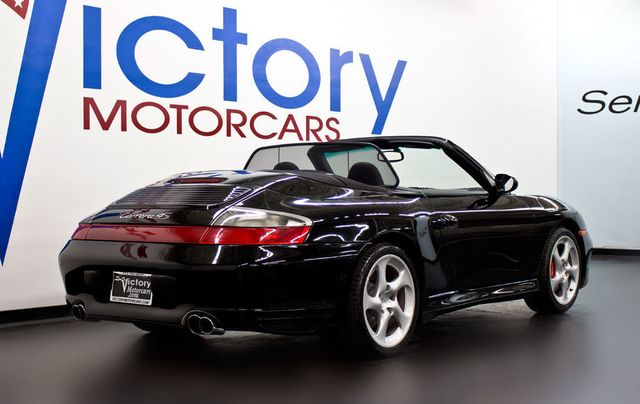 2004 Porsche 911 CARRERA C4S CAB - Click to see full-size photo viewer