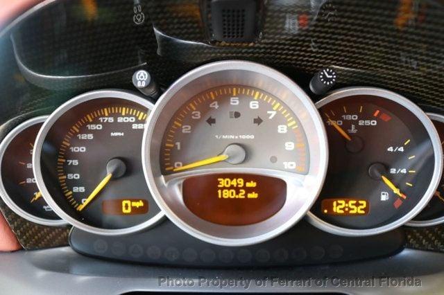 2004 Porsche Carrera GT 2dr Carrera - 17020572 - 24