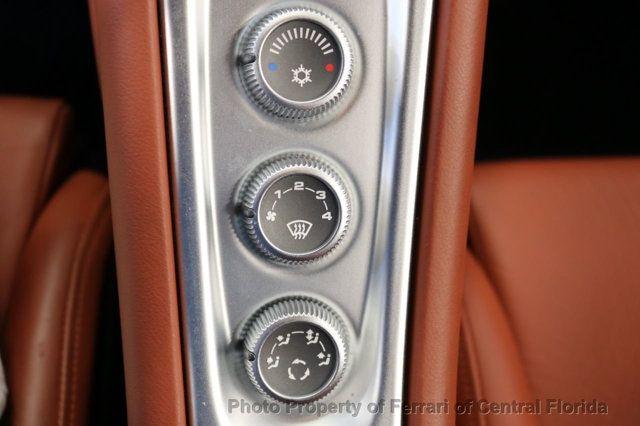 2004 Porsche Carrera GT 2dr Carrera - 17020572 - 28