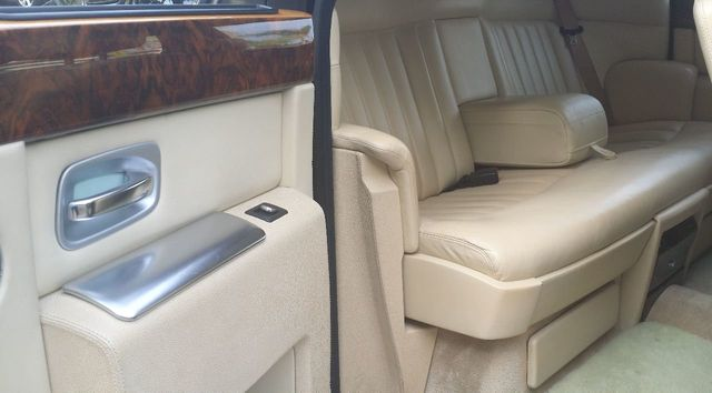2004 Rolls-Royce Phantom  - 15480123 - 36