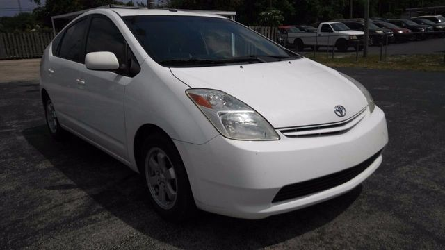 2004 Toyota Prius 5dr Hatchback - Click to see full-size photo viewer