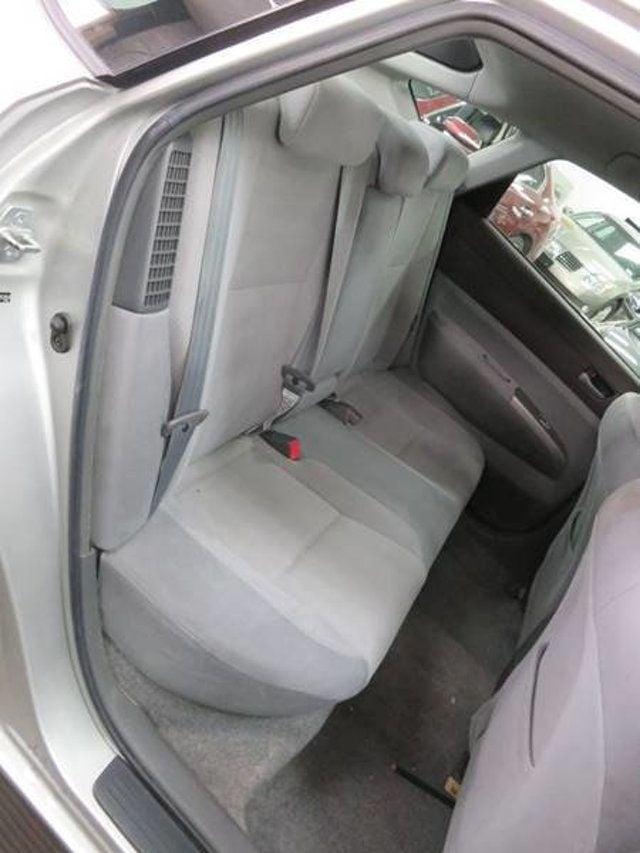 2004 Toyota Prius Hybrid Hatchback 17198073 6