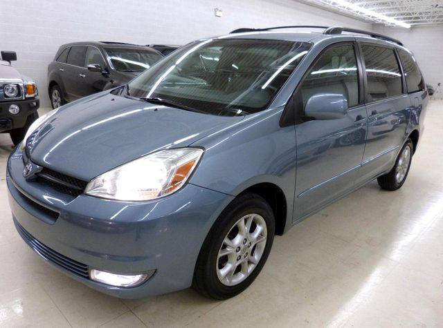 2004 Toyota Sienna XLE   Click To See Full Size Photo Viewer