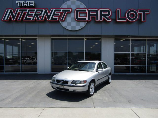 Used Volvo S60 >> 2004 Used Volvo S60 2 5l Turbo W Sunroof At The Internet Car Lot Serving Omaha Ne Iid 19025874