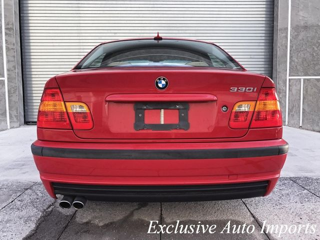 2005 BMW 330i ULTRA LOW MILES 2-OWNER PREMIUM SPORT SEDAN AUTOMATIC  - Click to see full-size photo viewer