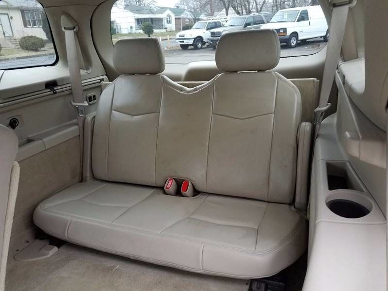 2005 used cadillac srx premium 4 6l v8 3rd row at contact us serving cherry hill nj iid. Black Bedroom Furniture Sets. Home Design Ideas