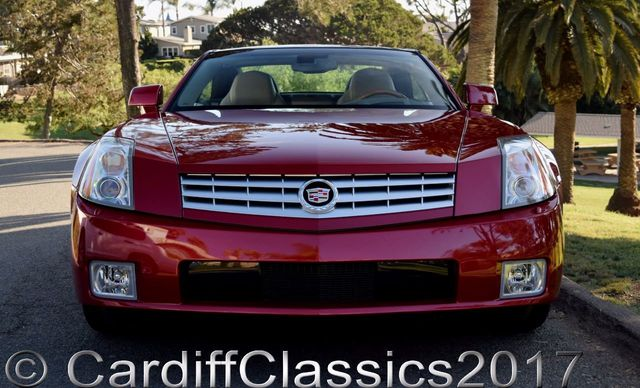 2005 Cadillac XLR 2dr Convertible - Click to see full-size photo viewer