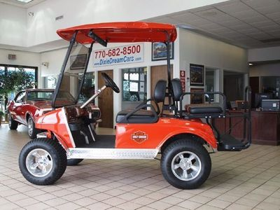 2005 Club Car Custom Golf Cart - Click to see full-size photo viewer