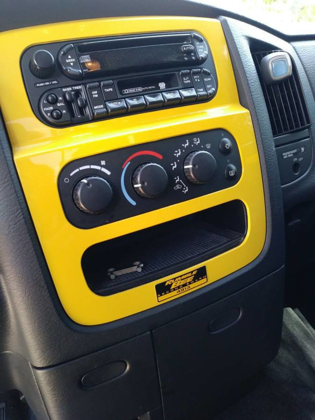2005 Dodge Ram 1500 Rumble Bee Limited Edition For Sale - 17386933 - 13